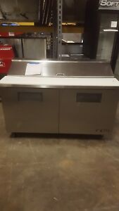 True Tssu 60 16 60 Two Door Sandwich Salad Prep Refrigerator