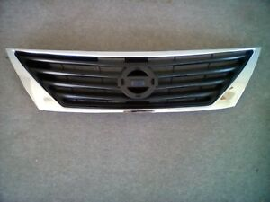 Nissan 62310 3ba5a 2012 2014 Versa Sedan Chrome Grille Without Emblem Oem