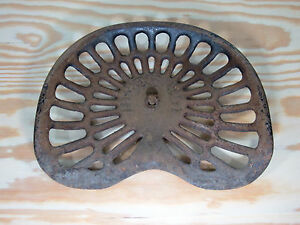 Antique Deering Cast Iron Tractor Implement Seat All Original No Chips cracks