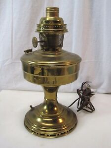 Antique Electrified Brass Aladdin Oil Lamp B7307