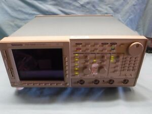 Tektronix Color 4 Chanel Digital Real tim Oscilliscope Tds 684b