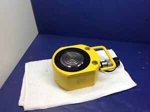 Enerpac Rsm750 New Hydraulic Cylinder 75 Tons 5 8in Stroke