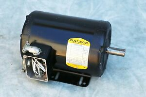 Baldor 35k339 373 Electric 3 Phase Motor 1 5 Hp 208 230 460 Volts 1725 Rpm 60 Hz