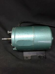 Cole Parmer Peristaltic Pump Motor 12286 115u r95 For 7097 2 Pump