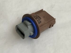 Ford 9e53 13411 Aa Light Connector Oem Genuine