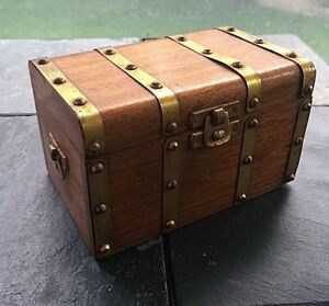 Antique Cigar Box Made Of Mahogany With Inner Wood Liner