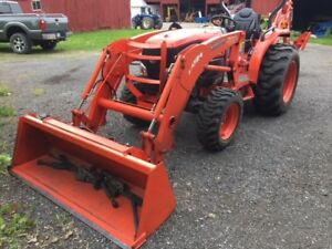 Kubota L3540 Loader backhoe