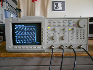 Tektronix Tds540b 500mhz 2gs s Oscilloscope Dso 1m 2f Fully Tested working