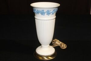 1960 S Wedgwood Creamware Uplight Lamp Wilmar Lamp Co