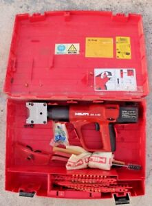 Hilti Dx A 40 With X hm Powder Actuated Stamping Tool With Case