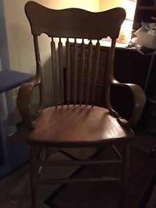 Solid Oak Antique Slat Back Chair With Arms Circa Late 1800 S Minor Flaws