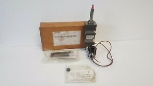New Old Stock Bosch Rexroth Pressure Controller 956241