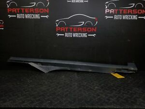 2003 Vw Passat Passenger Right Rocker Moulding Textured Black scuff Marks
