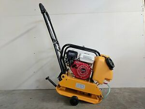 Plate Compactor Tamper 17 Inch 6 5 Hp Gx200 Water Wheel Kit 2 Year Warranty