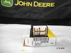 John Deere ah206706 Togle rocker Switch 3 way Hazard Lights Applications Below
