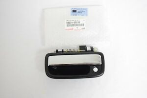 Genuine Toyota Tacoma Front Driver s Outside Door Chrome Handle 69220 35030 Oem