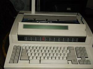 Ibm Wheelwriter 2500 Typewriter Led Display 48 000 Character 24 Pages Documen