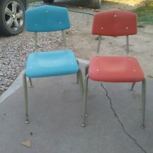 2 Vintage Royal Seating Corp Molded Vinyl Middle School Age Chair 1960s