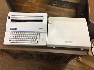 Vintage Smith Corona Xl 1500 Model 5a Electric Typewriter W Hard Cover