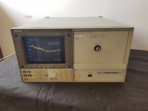 Hp 70004a Mainframe With Hp 70952b Optical Spectrum Analyzer 600 1700nm
