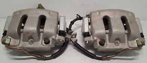 New Take Off Front Caliper Pair Fits 2005 2014 Mustang Gt Left And Right W Pads