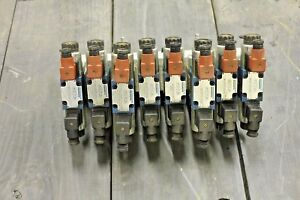 Eight Spool Electric Over Hydraulic Valve Bank 12 Volt Closed Center