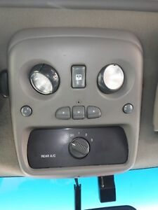 Chevy Tahoe 01 02 Front Roof Console Dome Light Home Link Sun Roof Rear A c