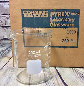 Lot Of 11 250ml Pyrex Beaker No 1000 Griffin Low Form Usa