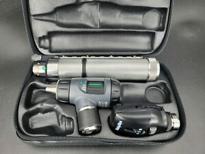 Welch Allyn Diagnostic Set Macroview Otoscope Ophthalmoscope Plug in Handle