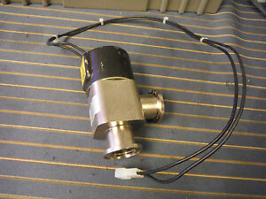 Varian Nw 25 Direct Acting Right Angle Vacuum Valve L9942 602 L9942602