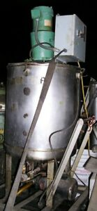 Stainless Steel Tank Vertical 55 Gal Cap With Top Mounted Mixer Item 8682