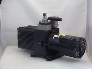 Welch 8806 Directorr Direct Drive Rotary Vane Mechanical Vacuum Pump Used