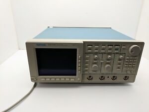 Tektronix Tds540 Digital Oscilloscope 4 Channel 500mhz 1gs s 4x P6139a Probes