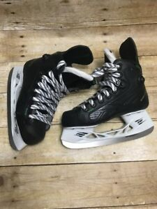 Reebok Ribcore 26k Pump Ice Skate US 1.5 EE Shoe 3 Youth & Elite Hockey Covers