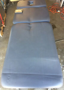 Chattanoo Tre dh3 Physical Therapy Rehab Table Triton Treatment Table