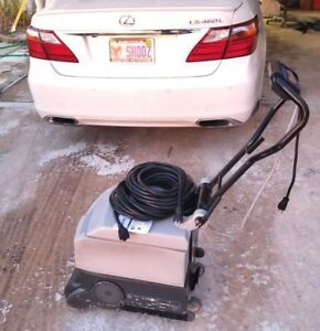 Clarke Floor Maintainer Scrubber Micro Matic 14e Hard Surface Driveway Cleaner