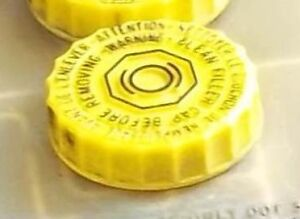1997 Voyager Brake Fluid Master Cylinder Bottle Cap Cover Yellow Cover Plastic