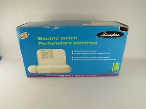 Swingline Professional Plus Series Electric Hole Punch 3 Holes 20 Sheets