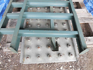 Roller Ball Gravity Roller Conveyor 36 Inch X 22 Inch With Legs Corner Piece
