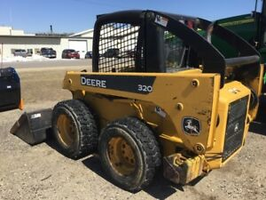 2005 John Deere 320 Skid Steer Loaders