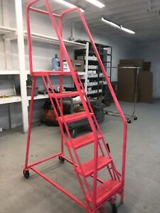 Rolling Ladder 6 step With Hand Rail Used In Good Condition