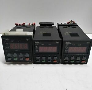 Lot Of 3 Fuji Electric Pxz 4 Temperature Controller Pxz4ray1 5v000 d With Socket
