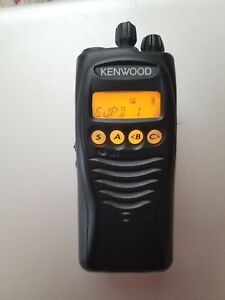 Kenwood Tk 3212l Uhf Two Way Radio With Battery And Charger