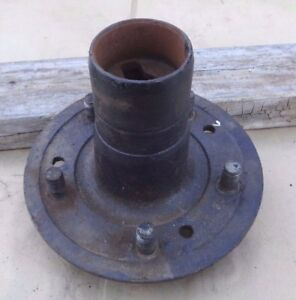 1926 1927 Model T Ford Wire Wheel Front Hub W Speedo Gear Holes Original