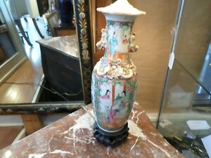Chinese Rose Medallion Vase 19th Century Converted To A Lamp