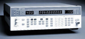 Hp Agilent 8657b Synthesized Signal Generator 0 1 To 2060 Mhz