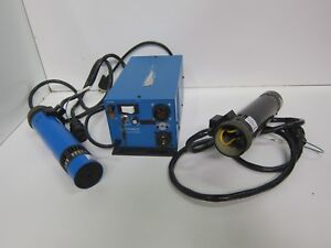 Uniphase 2202 3slg Laser Heads 2 Cyonics 2102 3sll Power Module