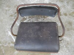 International 300 350 Utility Tractor H Deluxe Seat Assembly W Cushion
