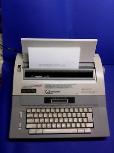 Smith Corona Typewriter Model Xd4900 Iq Electric Word Processor Works Excellent