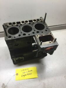 Kubota B6100 Engine Block